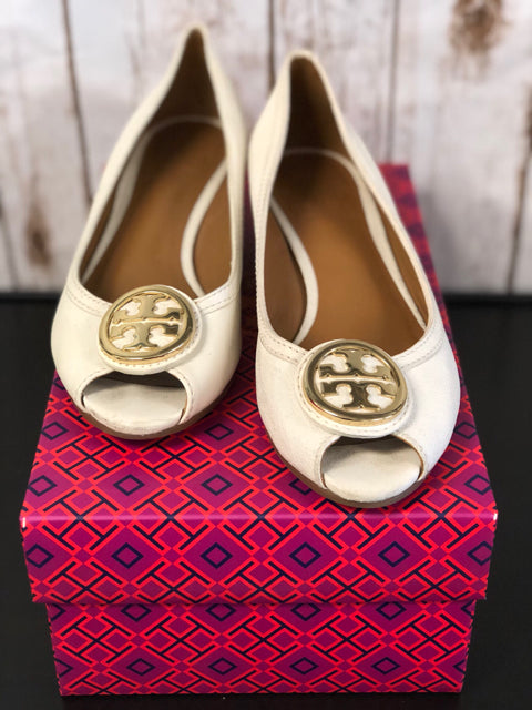 Tory Burch 7 Cream Shoes-
