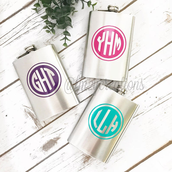 Monogrammed Flask | 8 oz | Circle Font