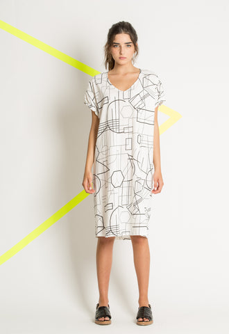 White Knitted Cotton Dress With Black Geometric Print Fissfashion