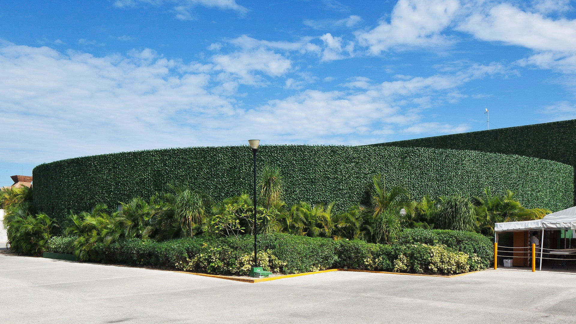 ARTIFICIAL HEDGES
