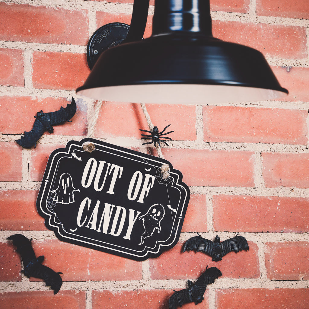 HALLOWEEN TRICK OR TREAT DOOR SIGN | HALLOWEEN OUT OF CANDY SIGN
