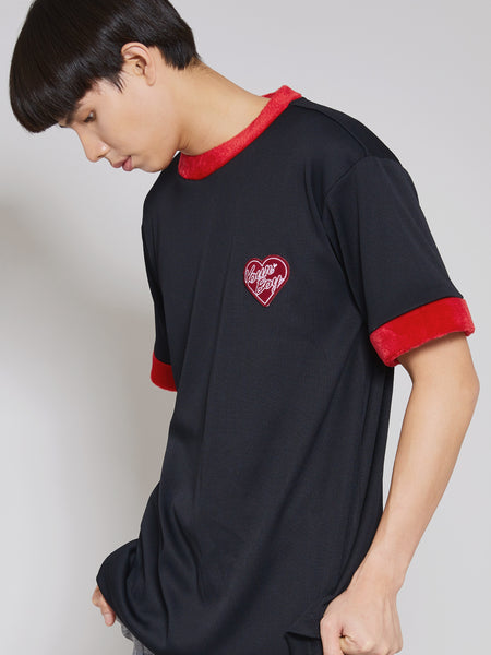 'On Cloud' Red Lined Short-Sleeve Tee