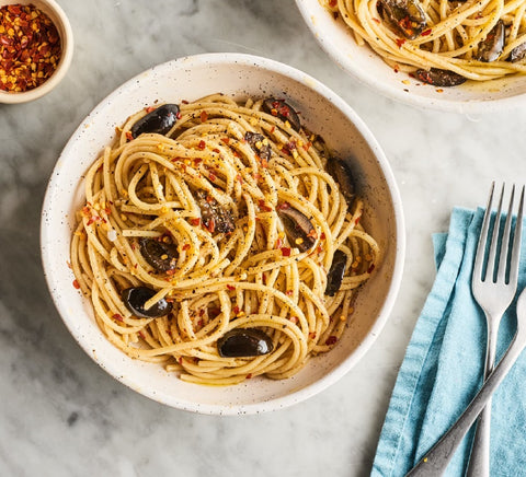 Garlic Anchovy and Olive Spaghetti