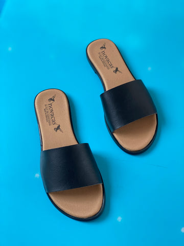 Aimee Slide in Black from Novacas