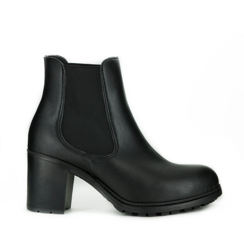 Kaitlin Bootie in Black from Novacas