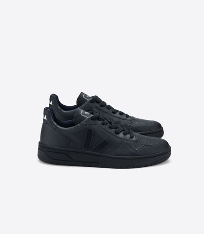 Women's V-10 in Black from Veja