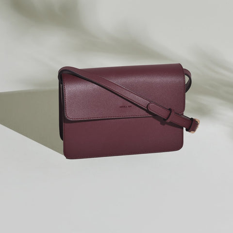 Hamilton Crossbody in Bordeaux from Angela Roi