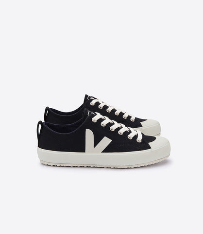 Nova Sneaker in Black from Veja - Size 42