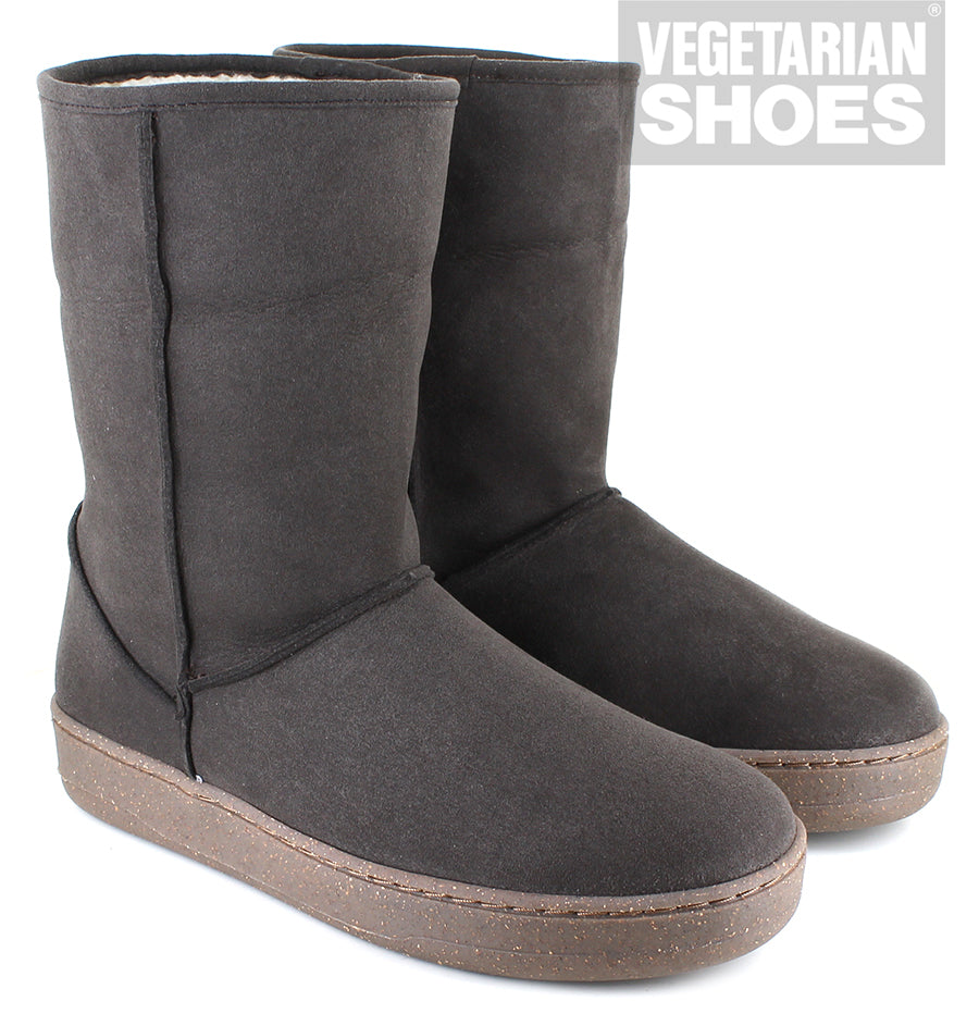 Snugge Boot in Brown from Vegetarian Shoes