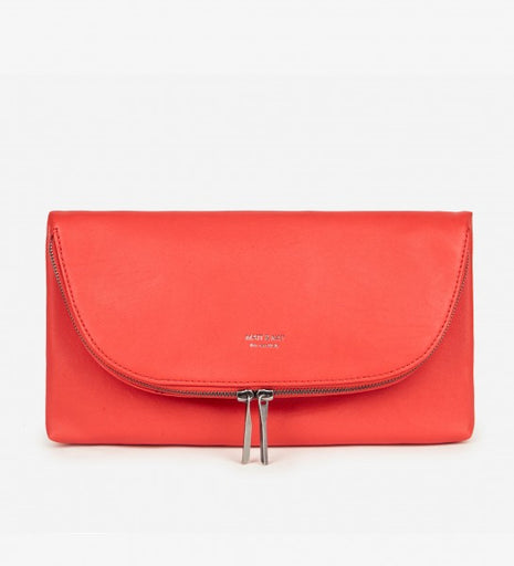 Robby Clutch in Poppy from Matt & Nat