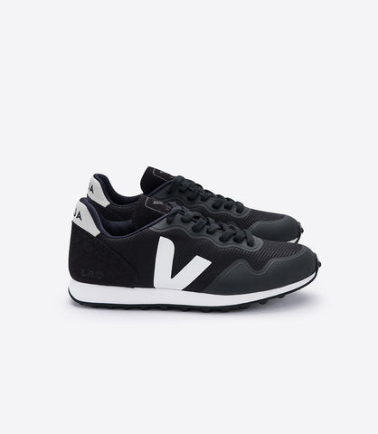 Women's SDU Mesh in Black from Veja