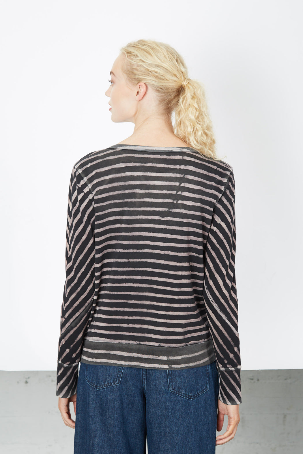 CREWNECK SWEATSHIRT Black Soft Stripes