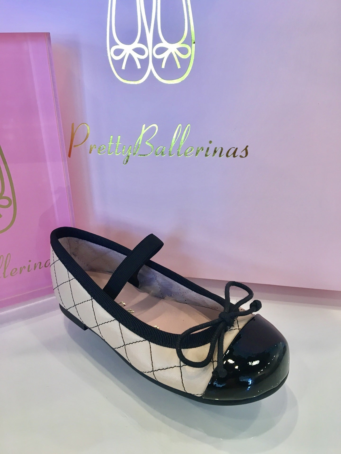 Pretty Ballerinas Leather Quilted Hannah Shoes