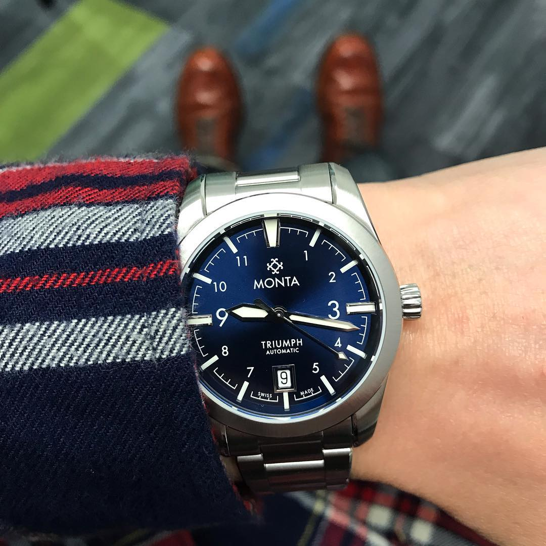 monta triumph watch with blue dial