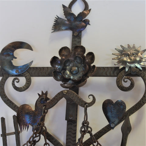 Joaquin Garnica - Heart with Beautiful Hand Painted Details