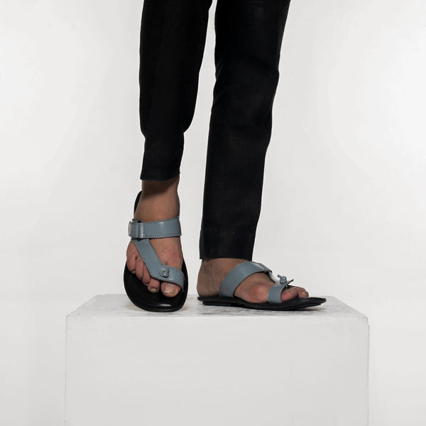 Bodo Toe Ring Flipflops - Grey/Black