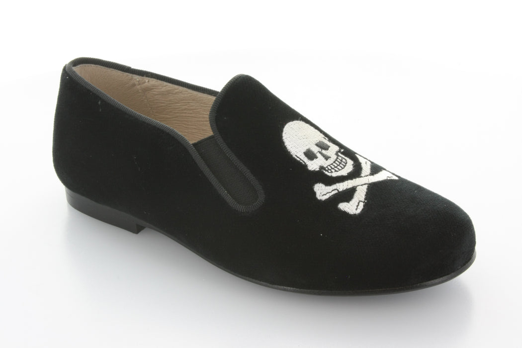 Barron's Skull Smoking Shoe - Black velvet/White