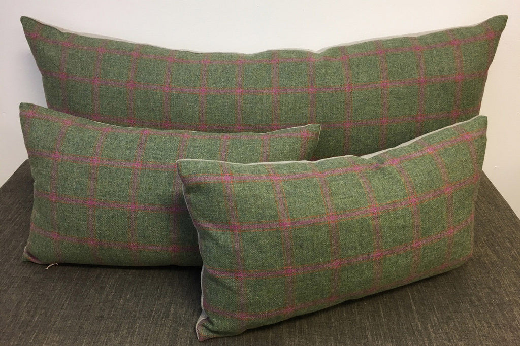 Harris Tweed / Green (with pink + orange)