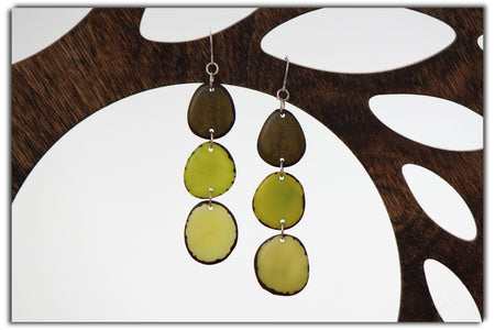 Tulipan Tagua Earrings