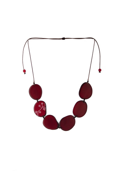 Unique and appealing Maranta tagua necklace in carmine