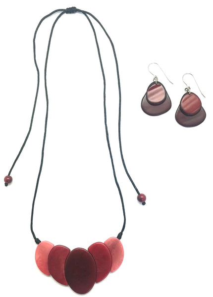 Celia Tagua Necklace Set