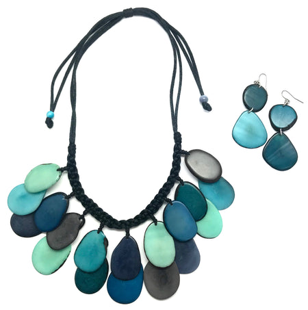 Loops Tagua Necklace Set