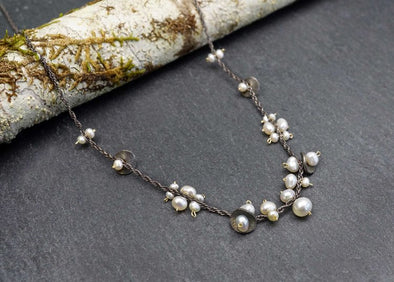 Small cluster pearl necklace