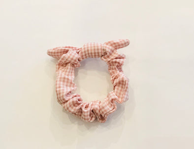 Gingham hair scrunchies