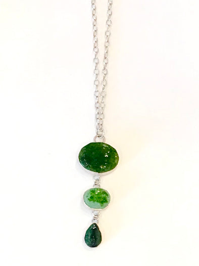 Leilani Jensen 3 tone green glass necklace