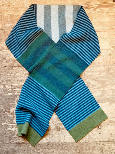 Scottish wool Aalto scarf