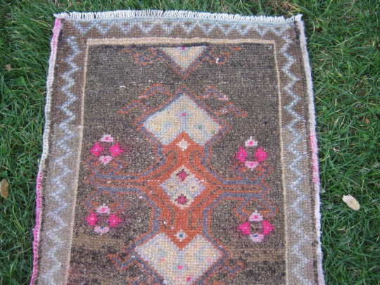 Turkish Rug 1x2 Brown Wool Pile Small Vintage Rug Hand Knotted Semi Antique Area Rug - AINO0102