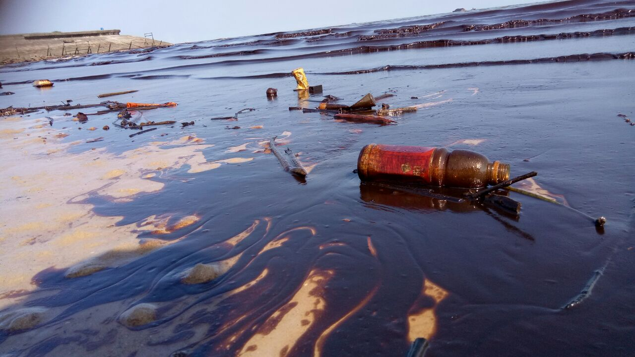 Oil Spill Now Larger Than Paris Ravages Indonesian Island, 5 Dead