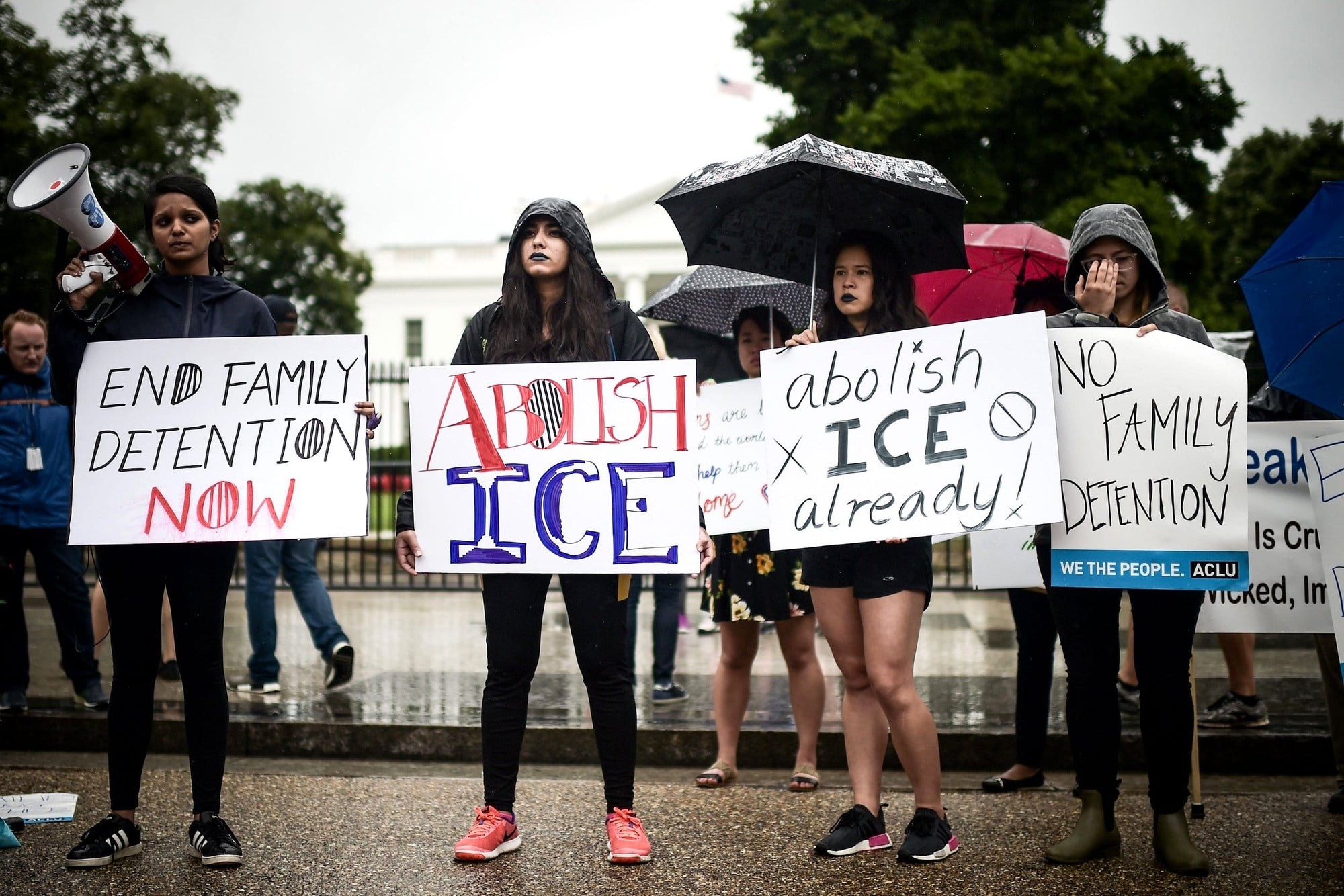 'Abolish ICE' Protestors To Rally Outside Warden's Home