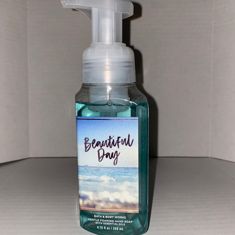 Bath & Body Works Beautiful Day Foaming Hand Soap