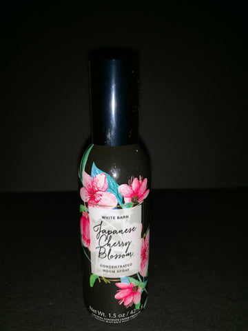 Bath & Body Works Japanese Cherry Blossom Room Spray