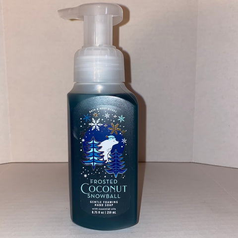 Bath & Body Works Frosted Coconut Snowball  Foaming Hand Soap