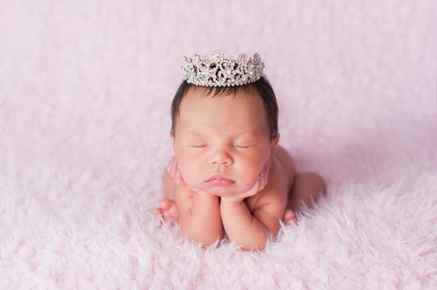 newborn photography checklist  10 must haves for your