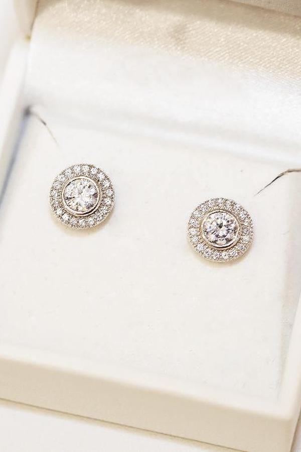 9ct White Gold Earring