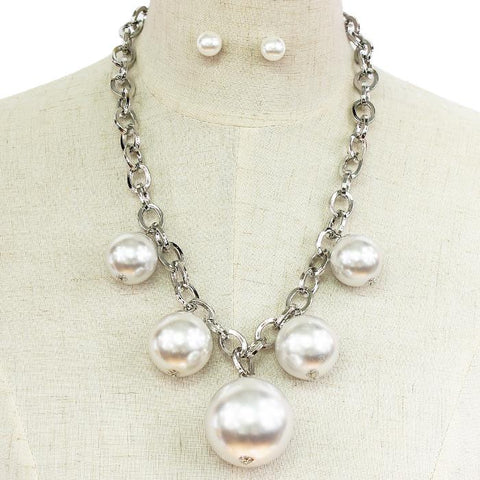 "18"" silver faux pearl pendant necklace .30"" earrings 3"" drop"
