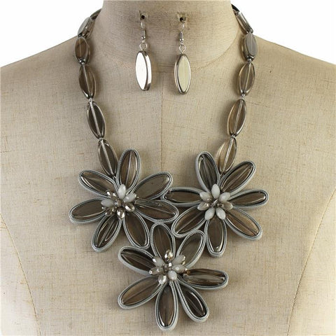 "20"" flower 3.25"" floral glass crystal stones collar necklace 1.25"" earrings"
