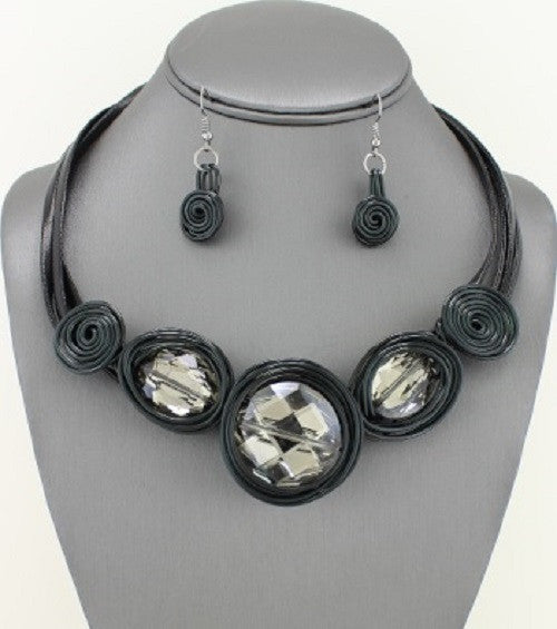 "18"" black crystal wire mosaic collar bib necklace .10"" earrings"