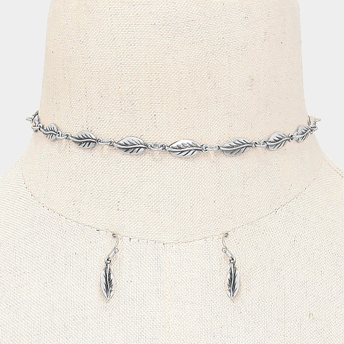 "12.50"" leaf link choker necklace 1"" earrings"