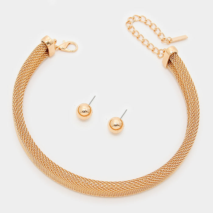 "13"" gold mesh choker collar necklace .50"" earrings  .60"" wide"