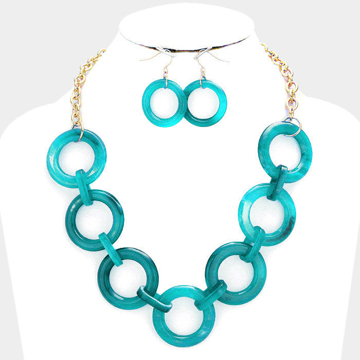 "18"" circle 1.50"" link long necklace 1.25"" earrings"