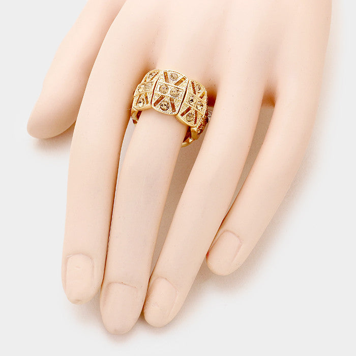 ".50"" wide crystal cocktail stretch ring"