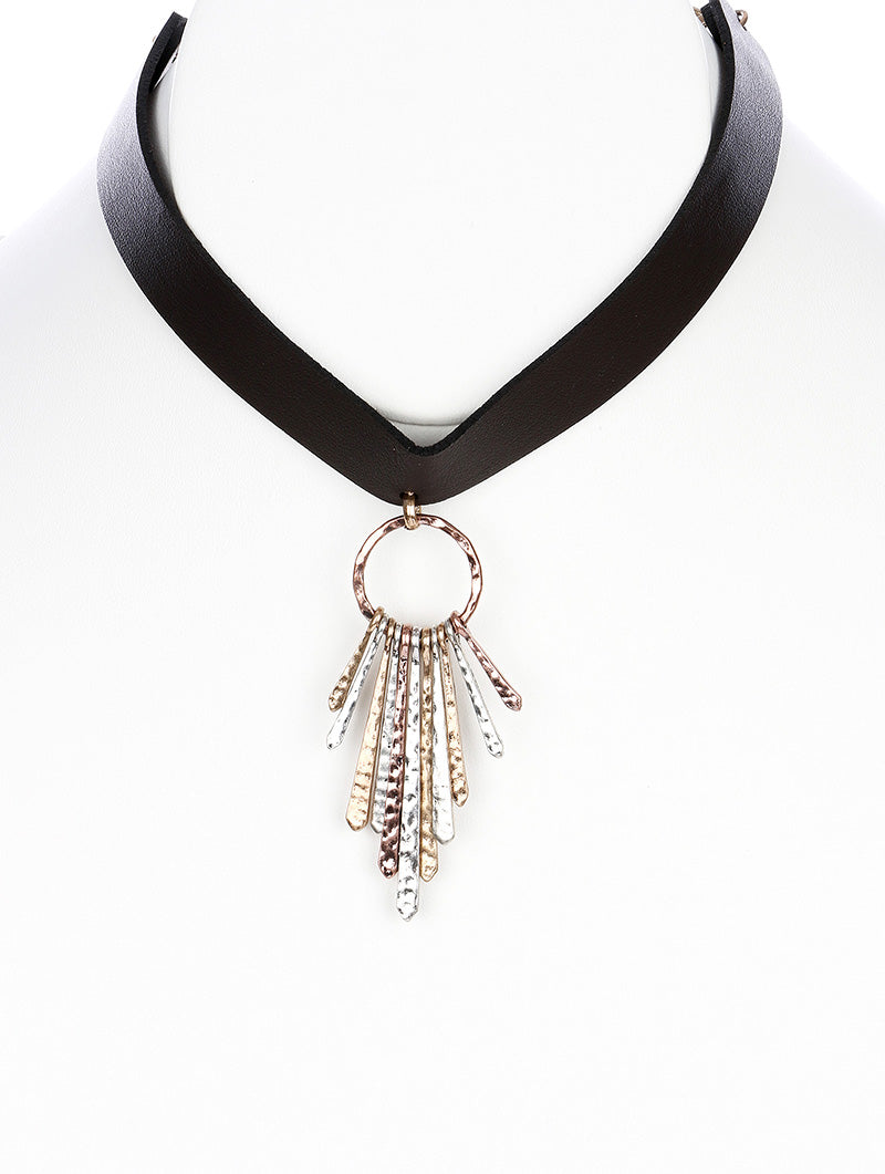 "10"" faux leather 2.75"" fringe tassel choker necklace"