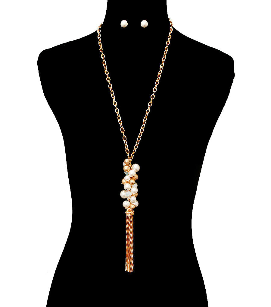 "30"" cream faux pearl 3"" cluster  necklace .35"" earrings 4.25"" tassel"