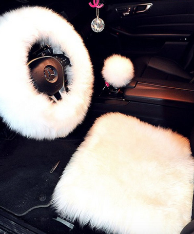 Fur Steering wheel cover 1 piece