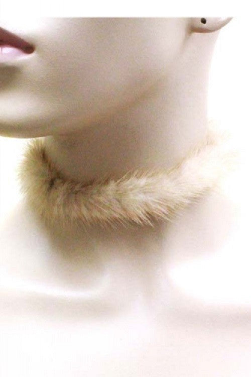 "12.50"" faux fur collar choker necklace .20"" earrings  1"" wide"