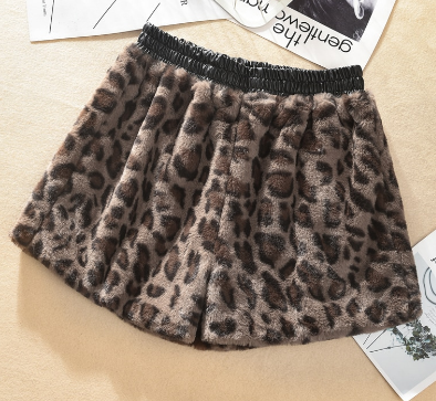 fluffy soft animal print leopard shorts one size tg